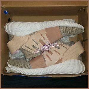 🆕 NIB Adidas Tubular Doom Primeknit Sneakers 10.5